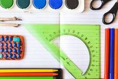 Norma que impide a colegios negar matrículas por deudas en 2021 ya es ley