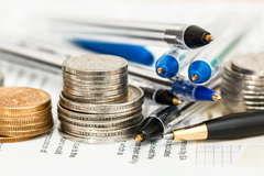 Presentan plan para condonar deudas del CAE