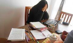 62,7% de docentes declara sentir agobio al enseñar en pandemia