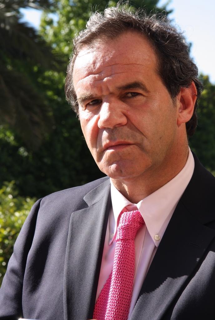 Reseña Biográfica Andrés Allamand Zavala - Reseñas biográficas - Historia  Política - Biblioteca del Congreso Nacional de Chile