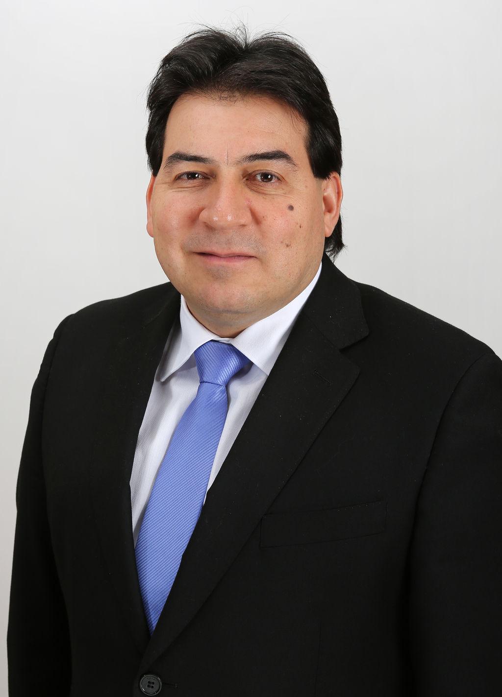 Diputado Christian Urízar analizó los Tribunales Ambientales a la luz de la experiencia neozelandesa