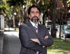 """Académico Rodrigo Álvarez: """"Chile necesita tener una relación de tercera generación con el Asia"""""""