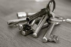 Protección de los Datos Personales y Derecho a la Privacidad