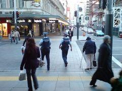 La política anti-delincuencia en Nueva Zelandia que se basa en prevención y reinserción
