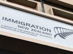 Inmigración en Nueva Zelandia: más que un problema, un aporte significativo a la economía