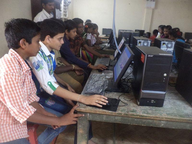 La institución de escolaridad abierta en la India que refuerza la labor de los profesores