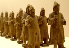 Objetos del Palacio Imperial del reinado Qianlong se exhibirán en centro cultural de La Moneda