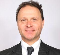 Senador Alfonso de Urresti valoró experiencia australiana en control de publicidad en caminos públicos