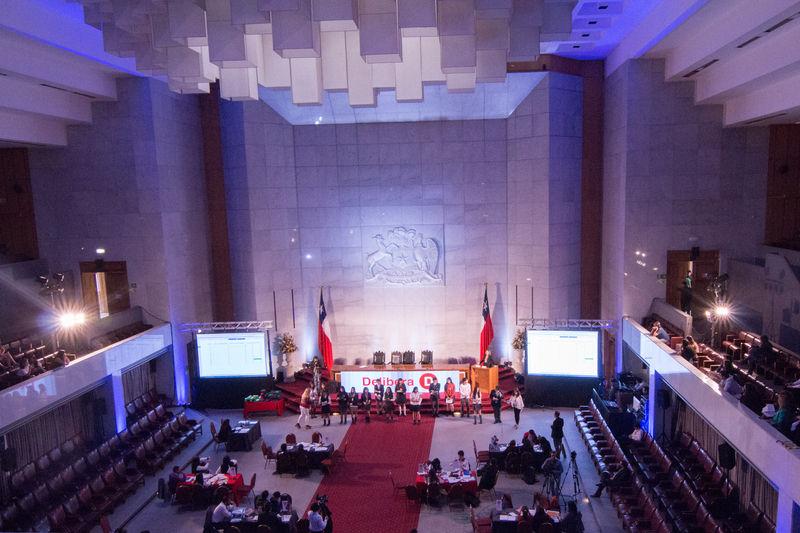 Final Torneo Delibera en Salon de Honor del Congreso Nacional de Chile