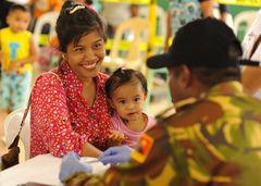 Carta magna de la mujer: La piedra angular de la política de género en Filipinas