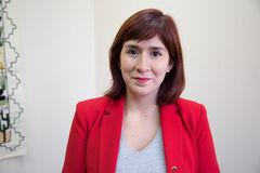 Diputada Catalina Pérez analiza los desafíos de una política de reciclaje