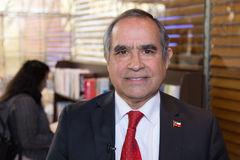 Senador Kenneth Pugh analiza los desafíos de Chile respecto a la conservación de los océanos