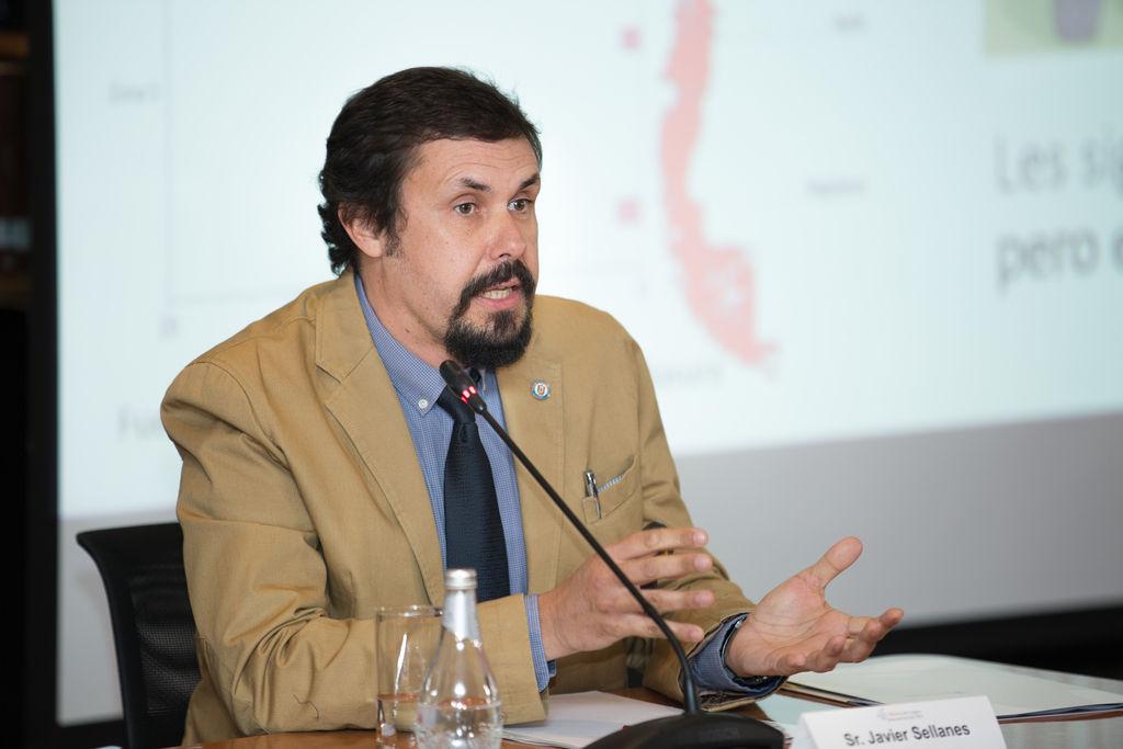 Javier Sellanes comentó algunas medidas para proteger los ecosistemas marinos