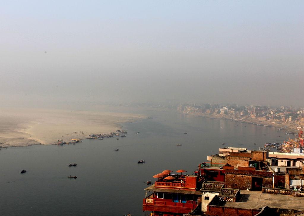 Acción por el Clima en India: Avances en energía renovable y desafíos en el acceso a la información