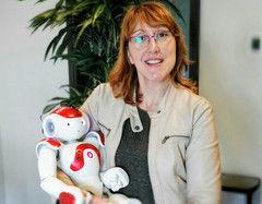 Carmina Rodríguez y la importancia del la robótica social como medio de comunicación